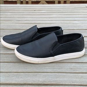 Steve Madden perforated sneakers 7.5